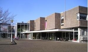 Bibliotheek IJmond Noord vestiging Beverwijk (21941 bytes)