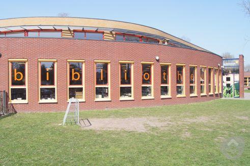 Haulerwijk klein.jpg (36334 bytes)