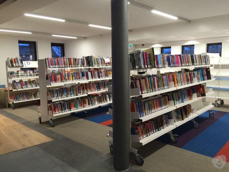 bibliotheek rhenen.jpeg (85764 bytes)