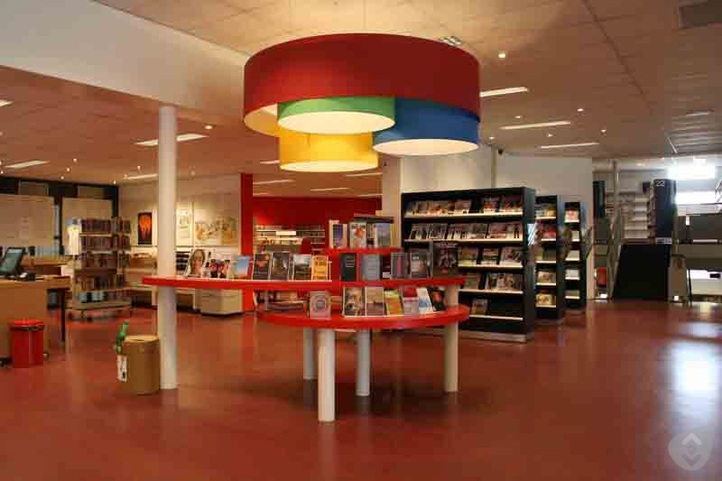 bibliotheekgroesbeek.jpg (37404 bytes)